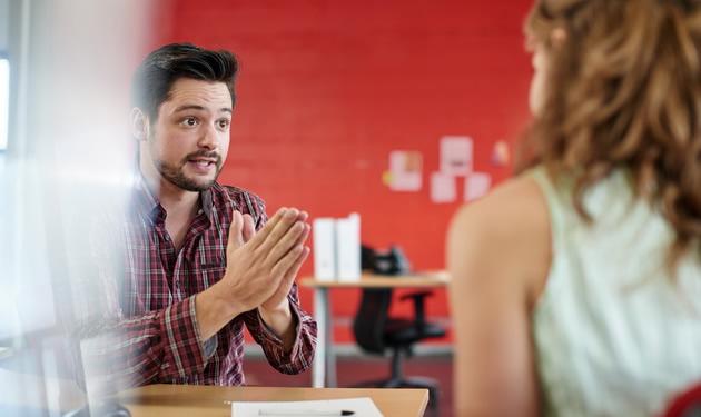 Како да се пофалите и да ги истакнете вашите вештини на интервју за работа?