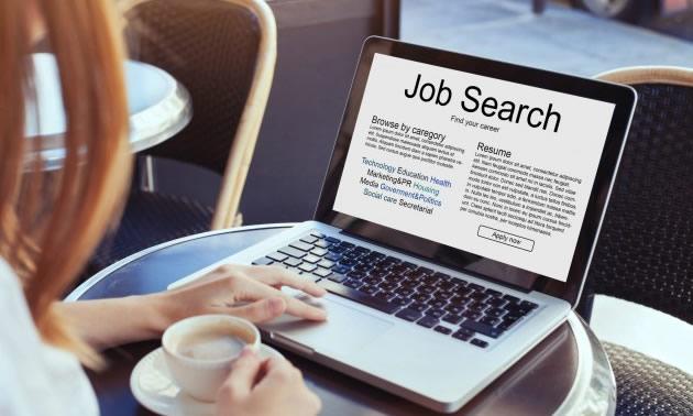 Бидете успешни во барањето работа: 5 прашања кои треба да си ги поставите